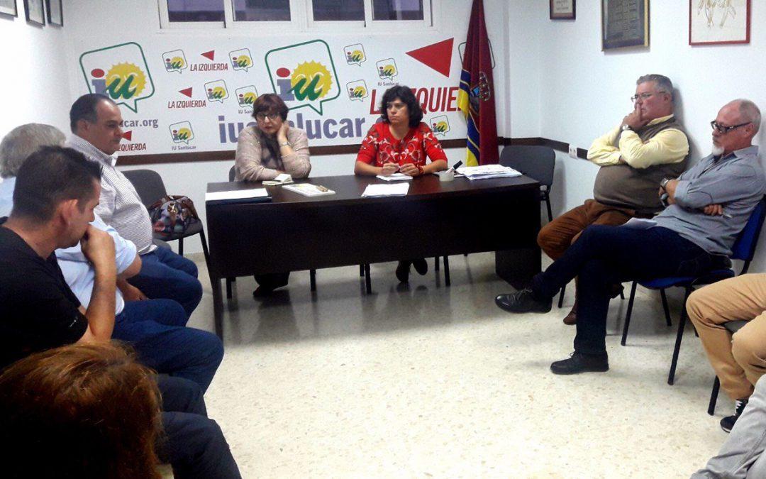 IU exige responsabilidades políticas a Víctor Mora tras la sentencia que da la razón a los placeros