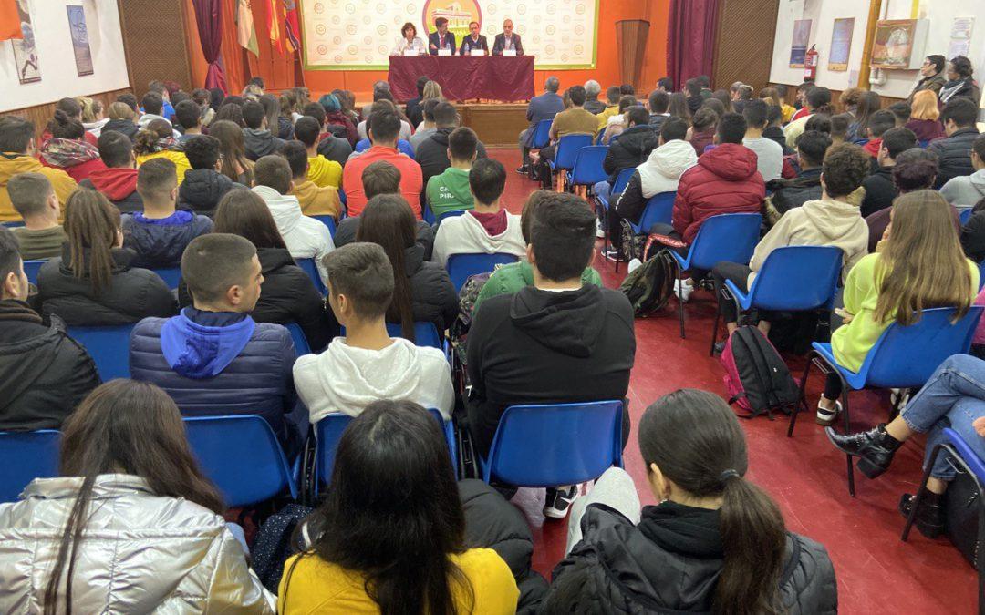 IU reclama la puesta en marcha del Consejo de la Juventud